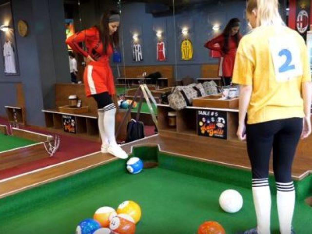 Foot Billiards