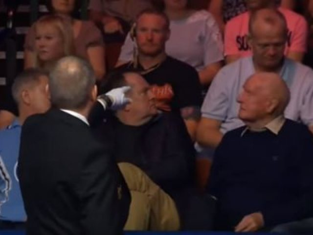Drunk Audience Member gets kicked out Snooker